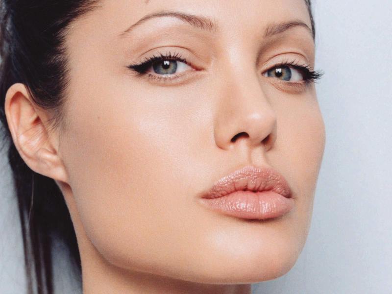Angelina Jolie Lips