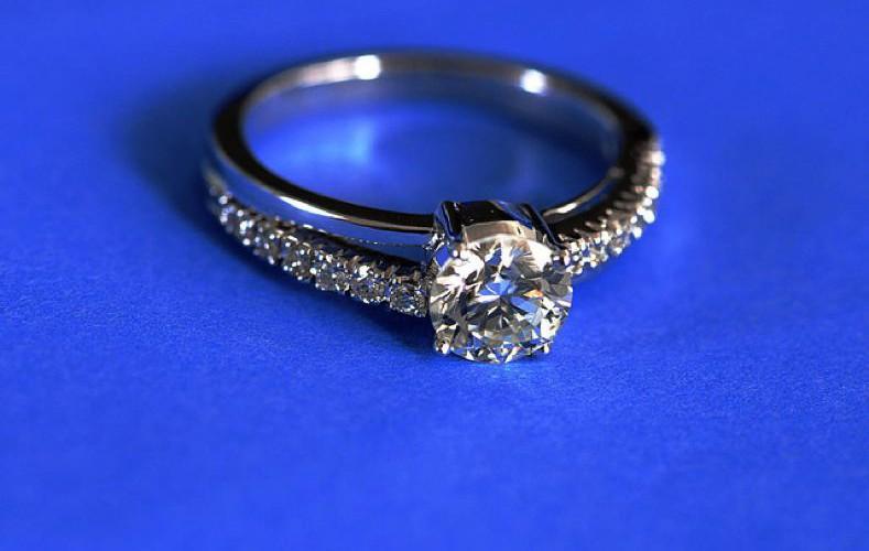 Genuine Wholesale Diamonds