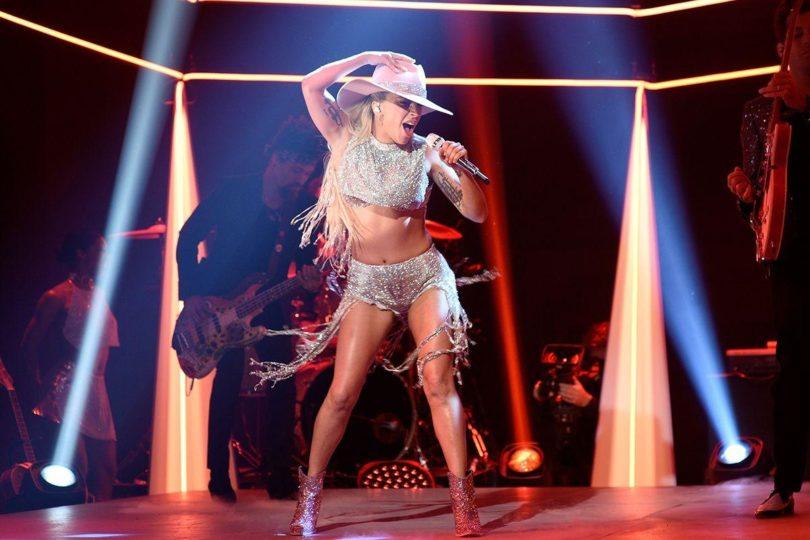 Lady-Gaga-Cowgirl Boots
