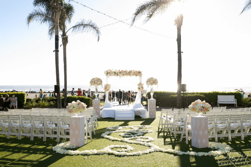 8 Ideas To Make Your Wedding Entrance Memorable Forever
